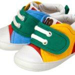 お孫様のおなーりーヨチヨチ歩く姿はかわいいです。歩きやすい靴について