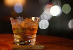 ウイスキー・オンザロックス