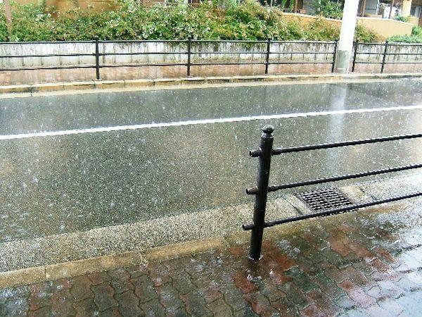 急な雨対策