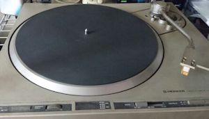 「レコード」が復活!デジタルCDからアナログに時代が逆向?
