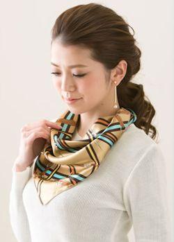 スカーフであなたの印象が変わる1