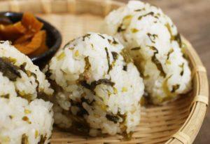 【高菜漬け】たっぷりウコンの力が生きていうる乳酸発酵食品!美味しかったのでご紹介!