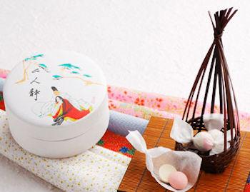 日本の伝統和菓子「落雁」二人静