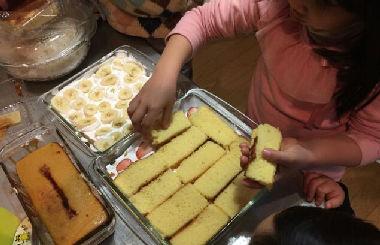 スコップケーキ・カロリーカットケーキ並べる
