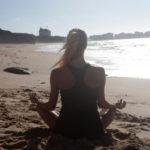 「おうちdeヨガ-No4」瞑想は心を整えるのか?健康とダイエットのヨガポーズ